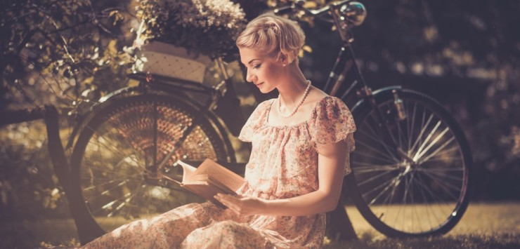 reading_books-1024x768